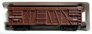 N Scale - Arnold - 0482 - Stock Car, 40 Foot, Wood - Union Pacific - 4082