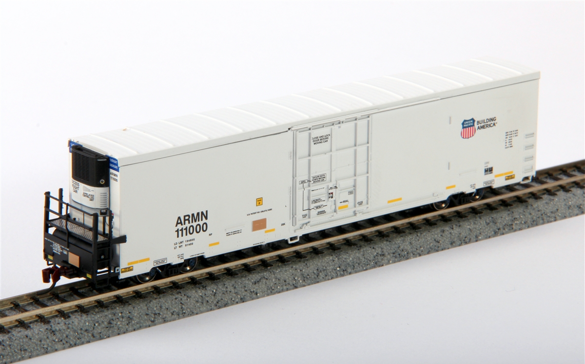N Scale - BLMA - 15007 - Reefer, 64 Foot, Trinity - Union Pacific - 111148