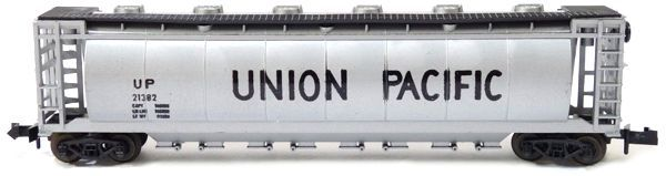 N Scale - Aurora Postage Stamp - 4866-210 - Covered Hopper, 60 Foot, Cylindrical - Union Pacific - 21382