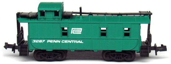 N Scale - Aurora Postage Stamp - 4887-225 - Caboose, Cupola, Steel - Penn Central - 3287