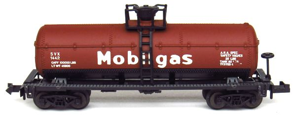 N Scale - Aurora Postage Stamp - 4884-410 - Tank Car, Single Dome, 39 Foot - Mobil Oil - 1442