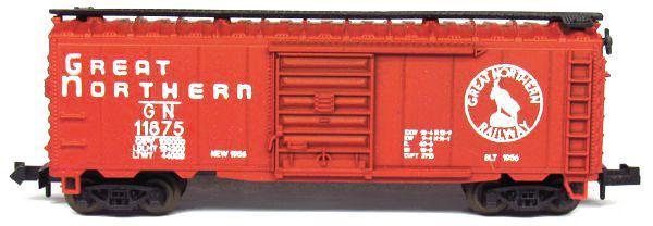 N Scale - Aurora Postage Stamp - 4880-300 - Box Car, 40 Foot, Steel - Great Northern - 11875