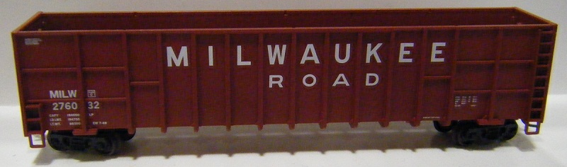 N Scale - Deluxe Innovations - 100612 - Gondola, Woodchip - Milwaukee Road - 276053, 276108