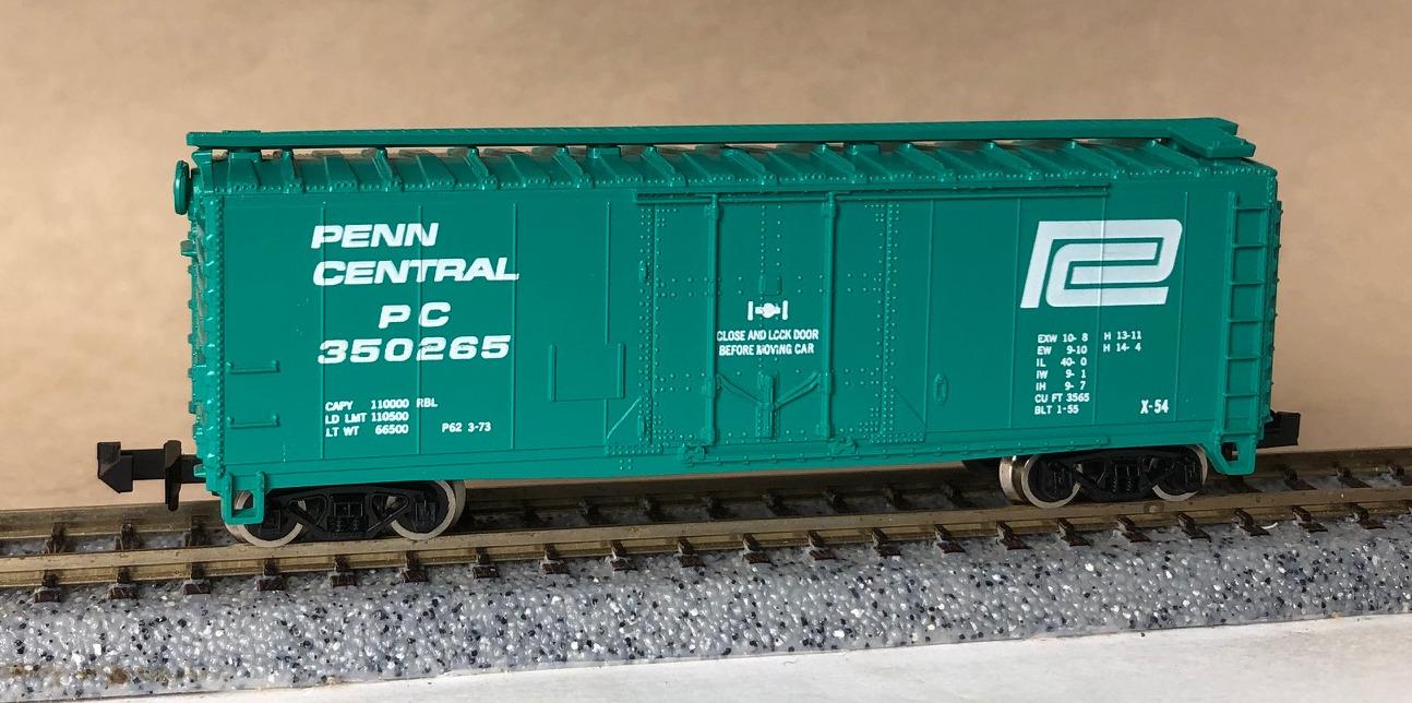N Scale - Atlas - 3302 - Boxcar, 40 Foot, Steel Plug Door - Penn Central - 350265