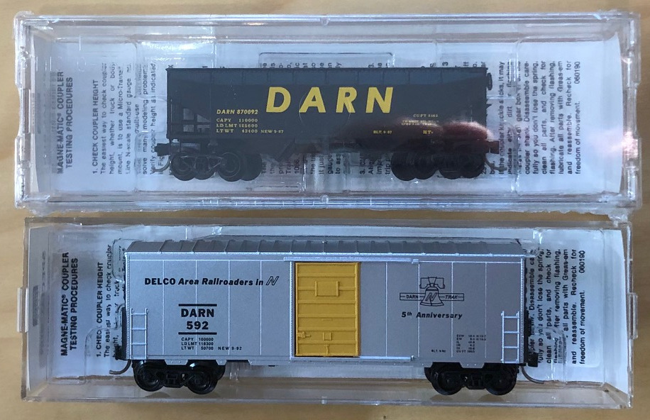 N Scale - Micro-Trains - NSC 92-21A - Mixed Freight Consist, North America, Transition Era - Delco Area Railroaders in N - 2-Pack