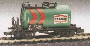 N Scale - Herkat - 1405 - Tank Car, No Dome, 2-Axle - Texaco - 503 118