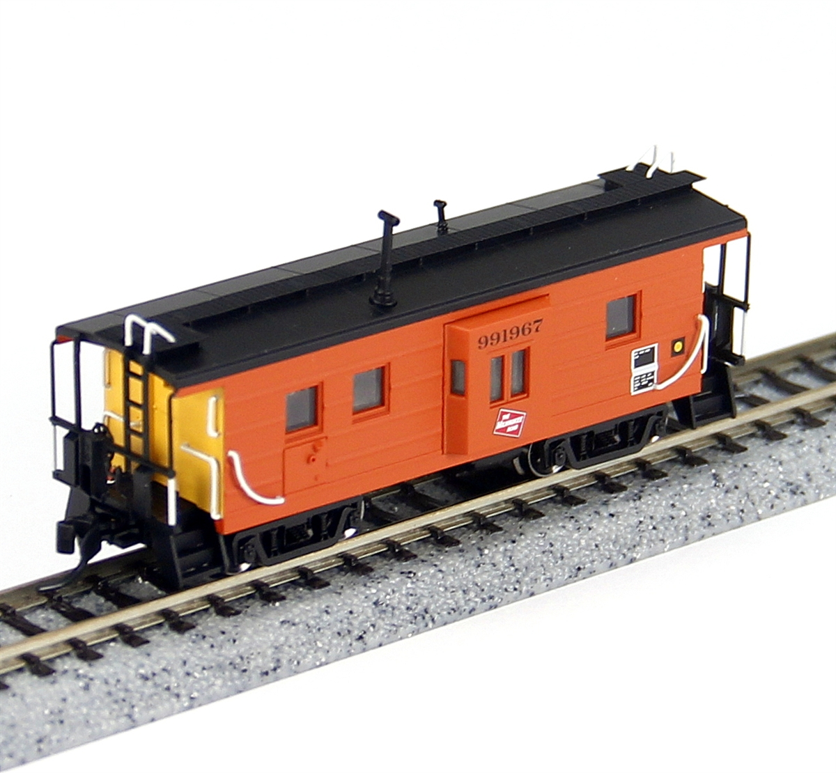 N Scale - Fox Valley - 91019 - Caboose, Bay Window - Milwaukee Road - 991967