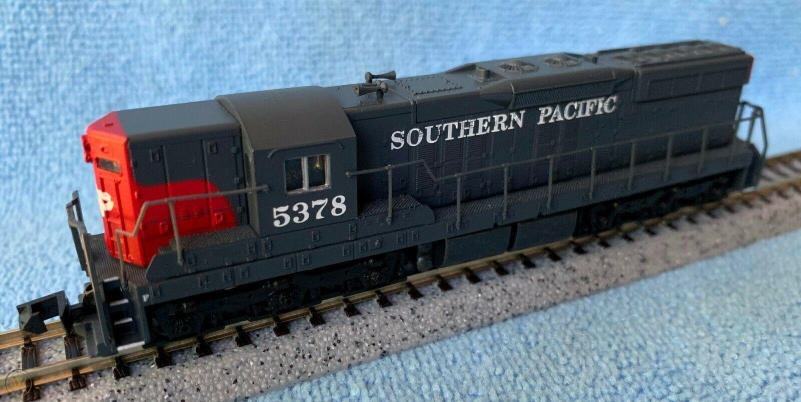 N Scale - Life-Like - 7787 - Locomotive, Diesel, EMD SD7 - Southern Pacific - 5378