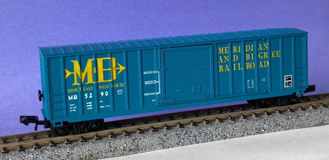 N Scale - Roundhouse - 8317 - Boxcar, 50 Foot, Berwick - Meridian & Bigbee - 5290