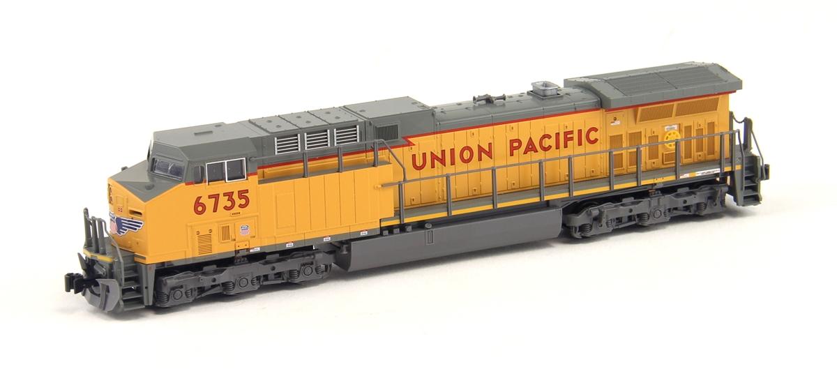 N Scale - Kato USA - 176-7038-1 - Locomotive, Diesel, GE AC4400CW - Union Pacific - 6735
