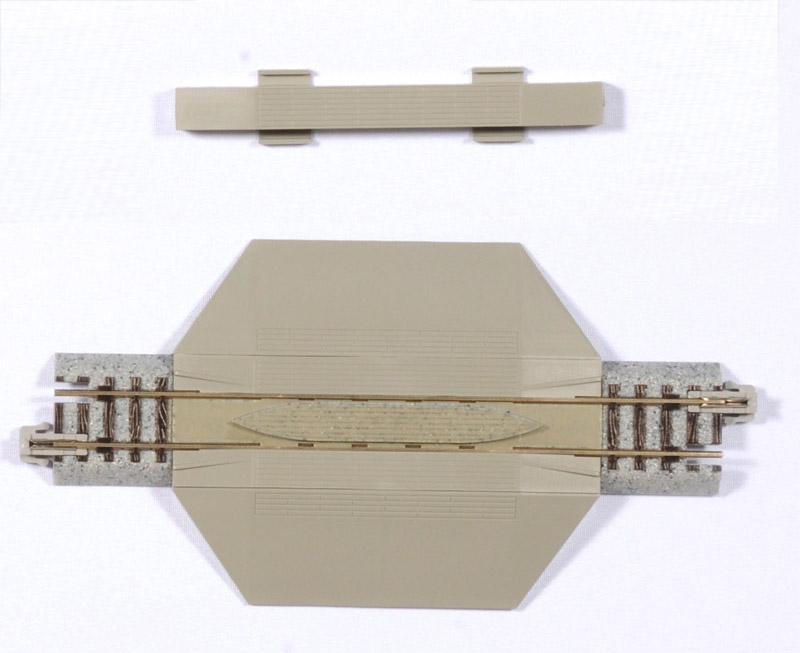 """N Scale - Kato - 20-021 - Track, Level Crossing, Single - Track, N Scale - 124mm (4 7/8"""")"""