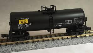 N Scale - Con-Cor - 0001-160105-(01) - Tank Car, Single Dome, Funnel-Flow - Union Tank Car - 58796