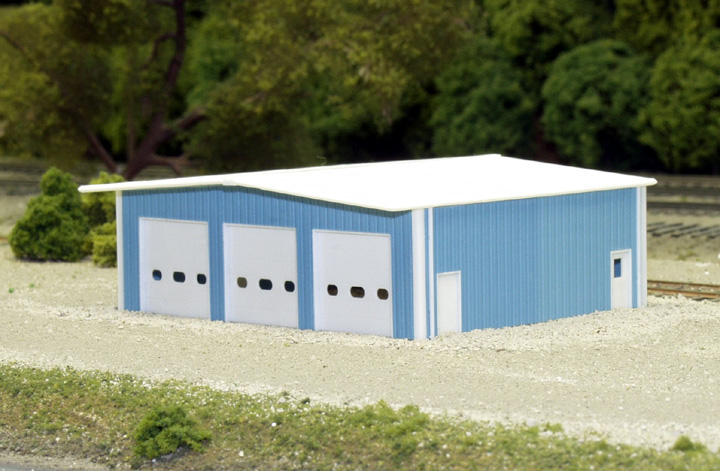 N Scale - Pikestuff - 541-8009 - Prefabricated Metal Building - Undecorated