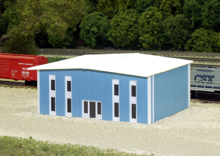 N Scale - Pikestuff - 541-8010 - Prefabricated Metal Building - Undecorated