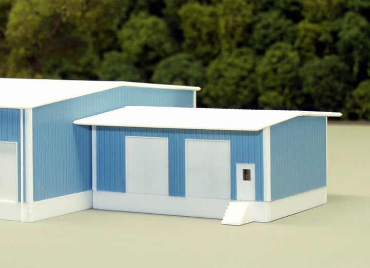 N Scale - Pikestuff - 541-8018 - Prefabricated Metal Building - Undecorated