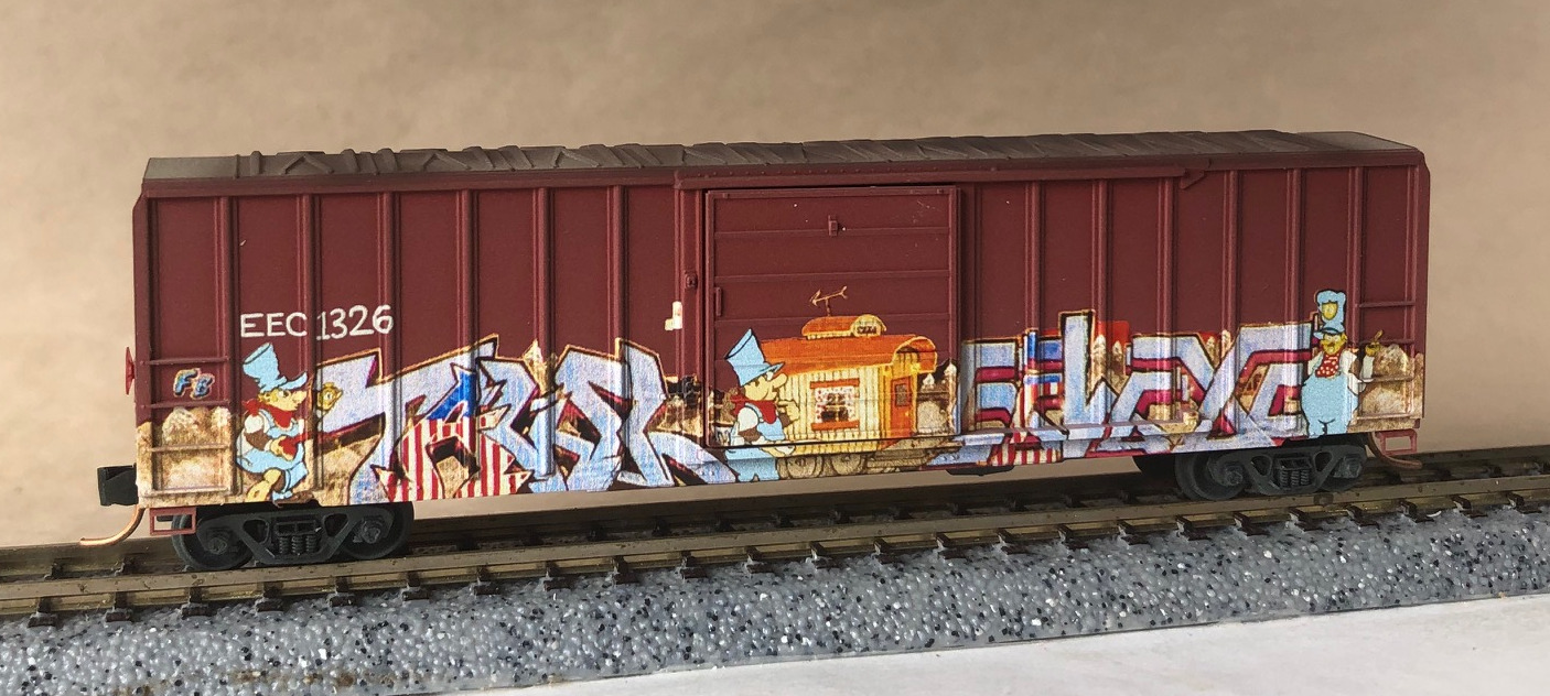N Scale - Micro-Trains - 025 44 007 - Boxcar, 50 Foot, FMC, 5077 - East Erie Commercial - 1326