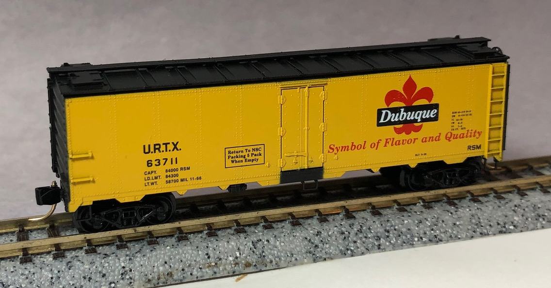 N Scale - Micro-Trains - NSC 98-63 - Reefer, Ice, Steel - Dubuque Packing - 63711