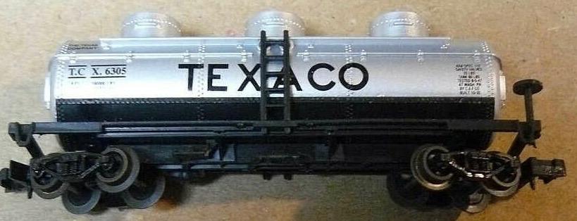 N Scale - Industrial Rail - 7793 - Tank Car, Triple Dome, 40 Foot - Texaco - 6305