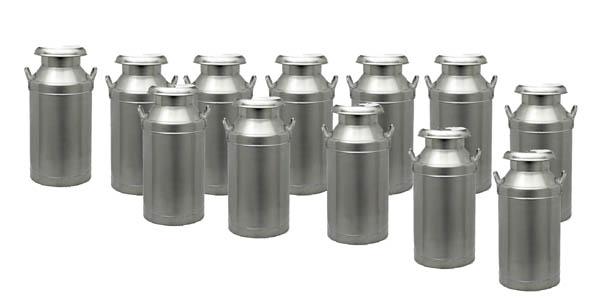 N Scale - Model Tech Studios - D1127P - Milk Cans - Painted/Unlettered