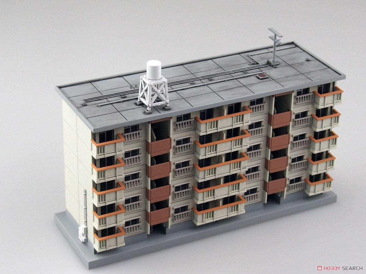 N Scale - Skynet - 103814 - 5 Story Apartment Building - Residential Structures