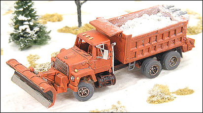 N Scale - GHQ Models - 53017 - Dump Truck with Snowplow - Undecorated