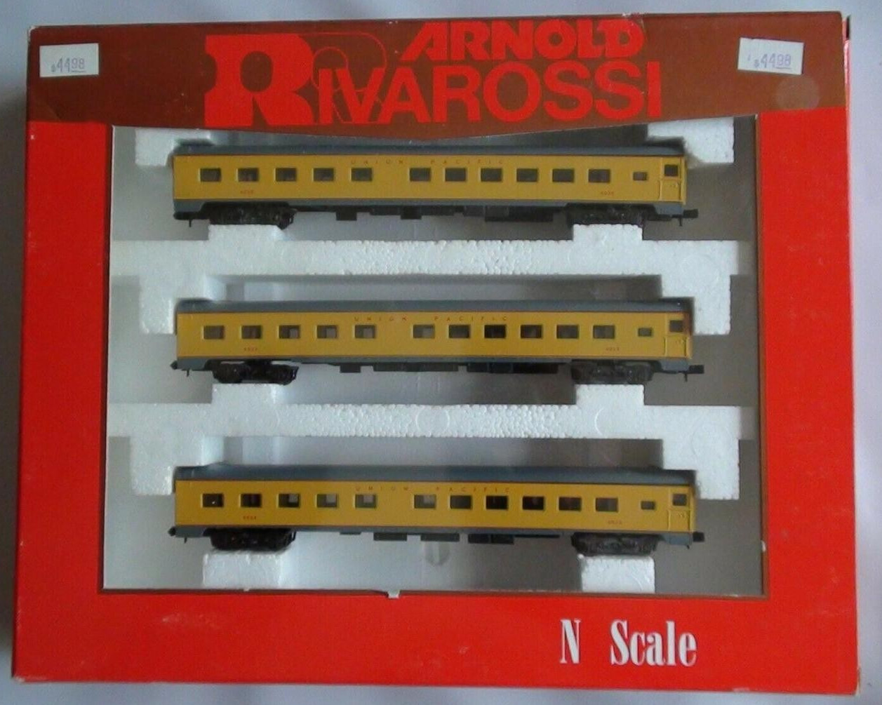 N Scale - Arnold - 0511 - Passenger Car, Lightweight, Smoothside - Union Pacific