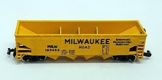 N Scale - Model Power - 3474 - Open Hopper, 4-Bay Steel - Milwaukee Road - 123456