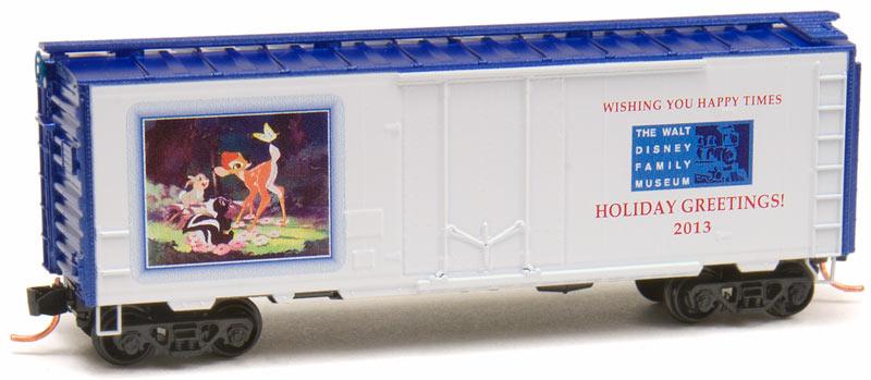 N Scale - Micro-Trains - NSE MTL 13-120 - Boxcar, 40 Foot, Steel Plug Door - Merry Christmas - 2013