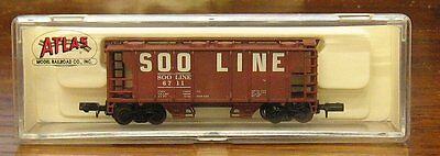 N Scale - Atlas - 3163 - Covered Hopper, 2-Bay, PS2 - SOO Line - 6711