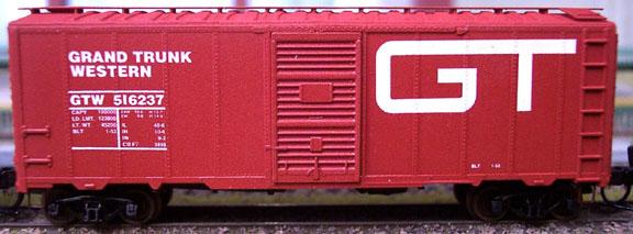 N Scale - Deluxe Innovations - 142122 - Boxcar, 40 Foot, AAR 1944 - Grand Trunk Western - 2 NUMBERS