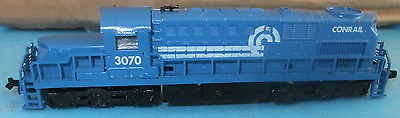 N Scale - Model Power - 7549 - Locomotive, Diesel, Alco RSD-15 - Conrail - 3070