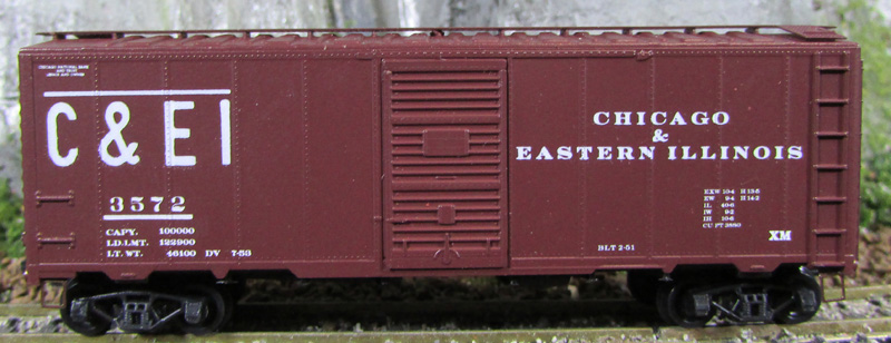 N Scale - Deluxe Innovations - 14090 - Boxcar, 40 Foot, AAR 1944 - Chicago & Eastern Illinois - 3572