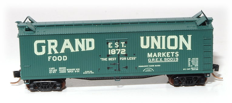 N Scale - Eastern Seaboard Models - 200804 - Reefer, Ice, 40 Foot, Wood - Grand Union Food Markets - 90019