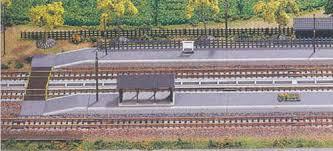 N Scale - Kato - 23-130 - Rural Platform - Railroad Structures