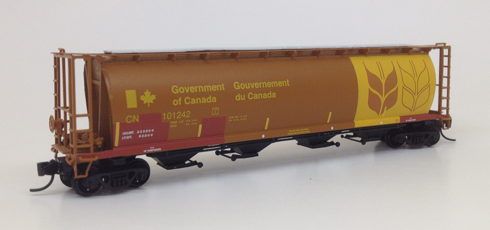 N Scale - InterMountain - PS160126 - Covered Hopper, 4-Bay, Cylindrical - Canadian National - 101064