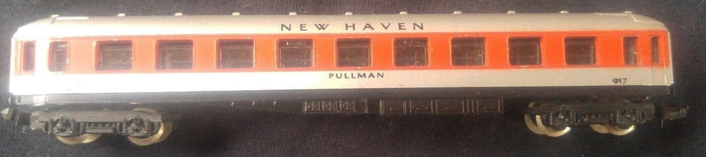 N Scale - Lima - 392 - Passenger Car, UIC, Type Y - New Haven - 4230 (or 917)