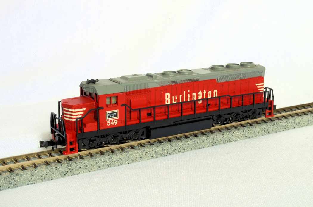 N Scale - Life-Like - S779B - Locomotive, Diesel, EMD SD45 - Burlington Route - 549
