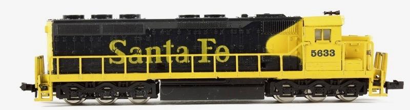 N Scale - Model Power - 7575 - Locomotive, Diesel, EMD SD45 - Santa Fe - 5633