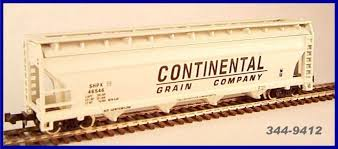 N Scale - JnJ - 9412 - Covered Hopper, 3-Bay, Cylindrical - Continental Grain - 46546