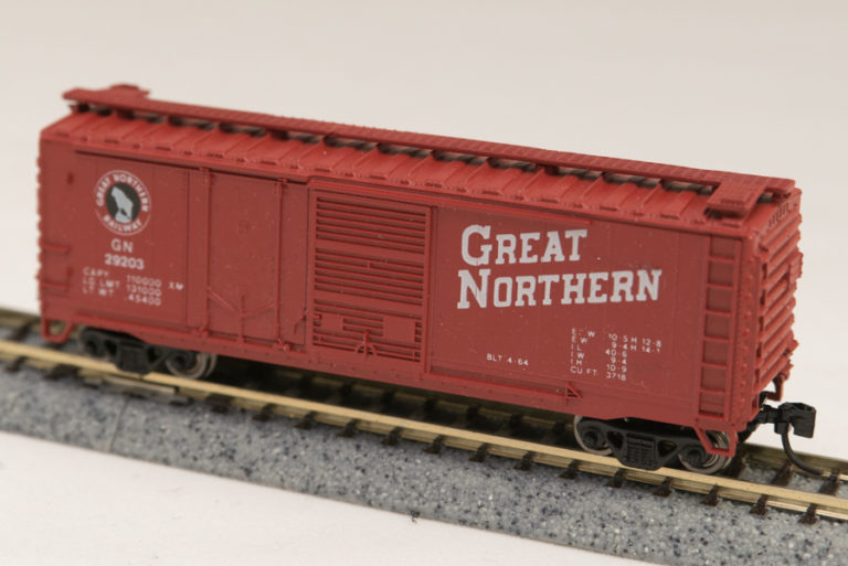 N Scale - Con-Cor - 0001-015062 - Boxcar, 40 Foot, Steel Combo Door - Great Northern - 29203