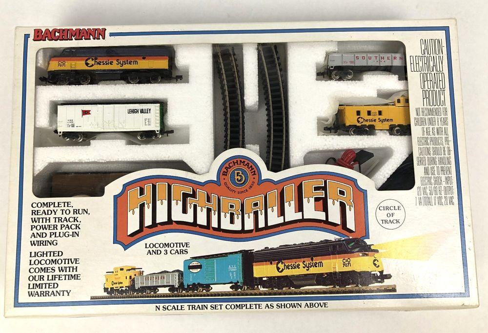 N Scale - Bachmann - 24301 - Freight Train, Diesel, North American, Transition Era - Chessie System - Highballer