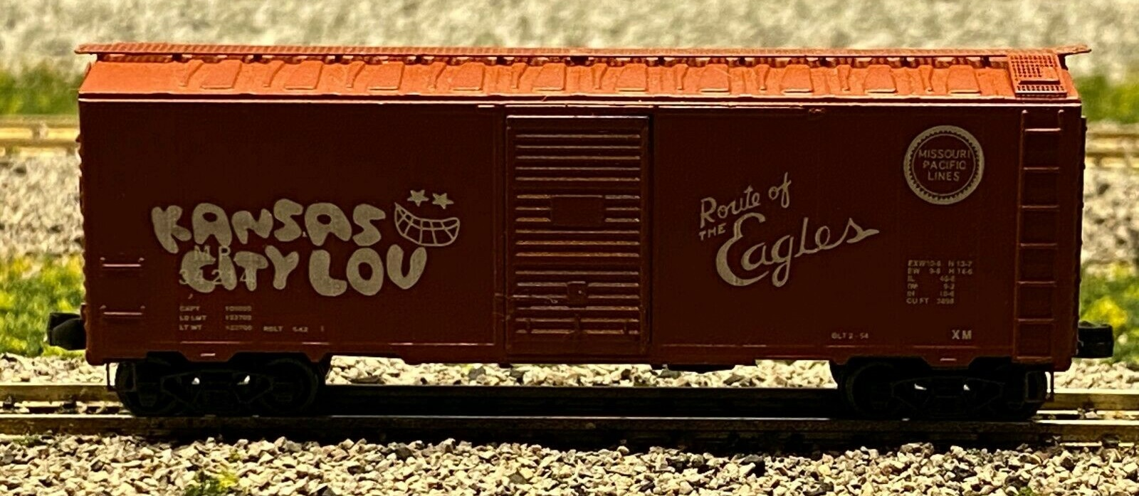N Scale - Deluxe Innovations - 141521 - Boxcar, 40 Foot, AAR 1944 - Missouri Pacific - 34214