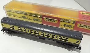 N Scale - Hornby-Minitrix - N301 - Passenger Car, British Rail, Mark 1 Coach - British Rail - W 16198