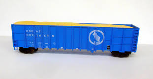 N Scale - Deluxe Innovations - 10050-6 - Gondola, Woodchip - Great Northern - 6 pack