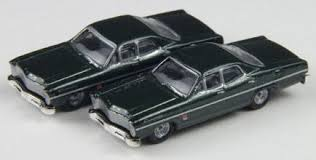 N Scale - Classic Metal Works - 50257 - Automobile, Ford, Custom - Painted/Unlettered - 1967 Ford Custom 500, 4-door