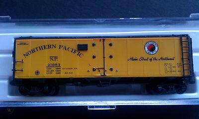 N Scale - Brooklyn Locomotive Works - 65532-B1 - Reefer, 40 Foot, R-40-23 - Northern Pacific - 91028