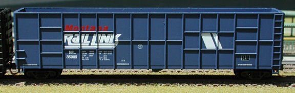 N Scale - Deluxe Innovations - 160222 - Gondola, Woodchip - Montana Rail Link - 35027, 35038