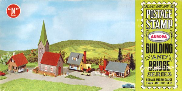 N Scale - Aurora Postage Stamp - 4120-250 - Church, House - Residential Structures