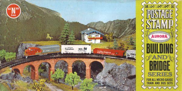 N Scale - Aurora Postage Stamp - 4186-100 - Bridge Piers , Viaduct - Bridges and Piers