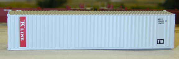 N Scale - Deluxe Innovations - 5380 - Container, 40 Foot, Corrugated, Dual Logo Panel - K Line - 2 numbers
